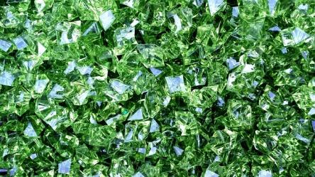 diamonds-622113_640