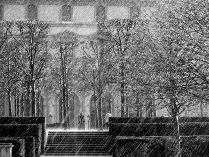 snowing-983975_1920