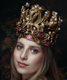 queen-2623776_640.jpg